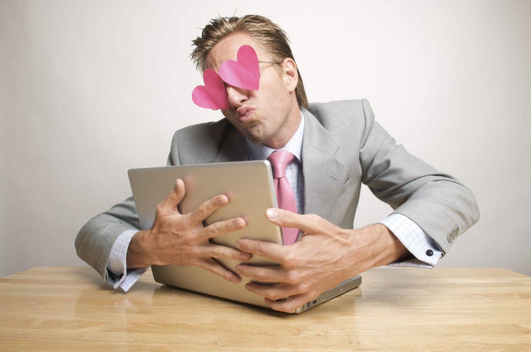 развод при знакомстве по интернету